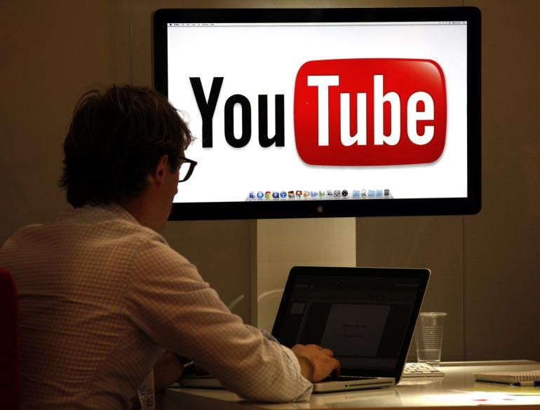 YouTubeSocial